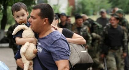 На материковую часть Украины переехали почти 777 тысяч переселенцев из Крыма и Донбасса
