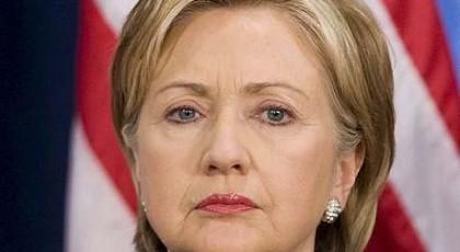 """Клинтон призвала к """"более умному"""" взаимодействию с """"непростым"""" Путиным"""