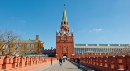Нарушителям миграционного режима запретят въезд в Россию на 10 лет