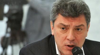 Немцов прокомментировал кризис в РФ